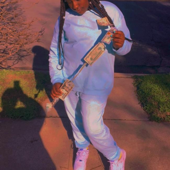 Babysitter in Houston: Naomi