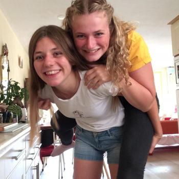 Oppas Alkmaar: Carmen en kayla