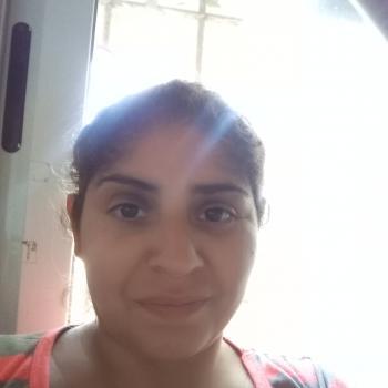 Babysitter in Maquinista Savio: Mary