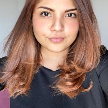 Niñera Celaya: Sharon