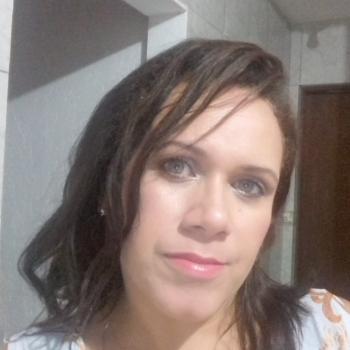 Babysitter Carapicuíba: Andrea de