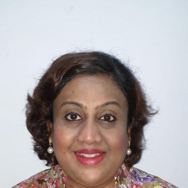 新加坡的保母职缺: Iswari