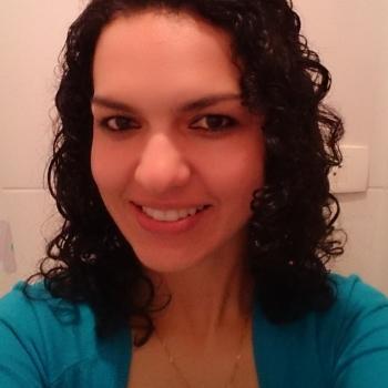 Babá Curitiba: Claudineia