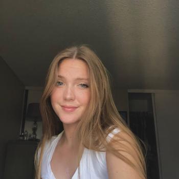 Babysitter in Anaheim: Zoee