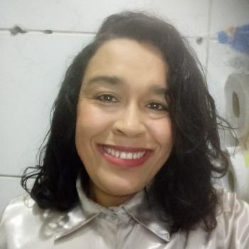 Babysitter in Belo Horizonte: Flaviane Silva