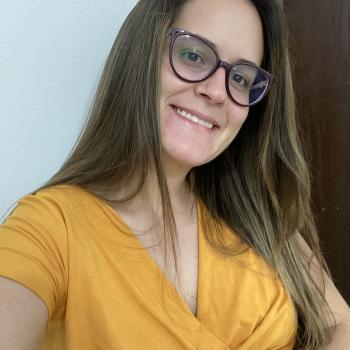 Babysitting job in Passa Tempo (Minas Gerais): Barbara