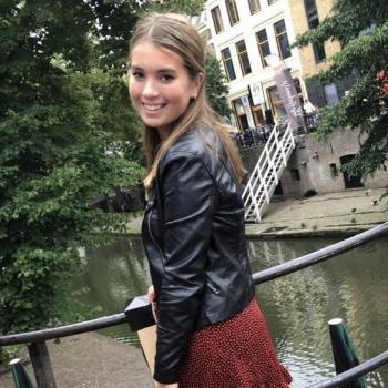 Babysitter Waalwijk: Anniek