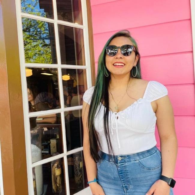 Babysitter in Centerville (Utah): Tania