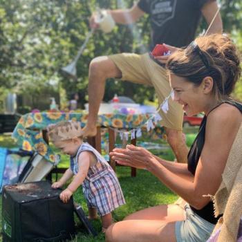 Baby-sitting Vancouver: job de garde d'enfants Sally