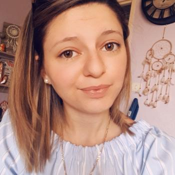 Baby-sitter Saint-Vit: Estelle