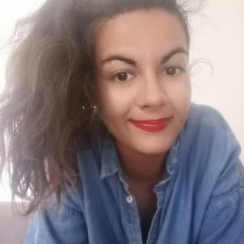 Niñera Valencia: Alessandra