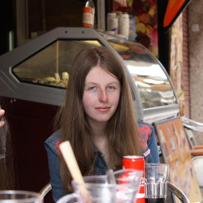 Babysitter in Brugge: Evy
