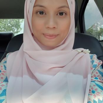 Babysitter Singapore: Salina