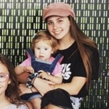 Babysitter Brisbane: Mia