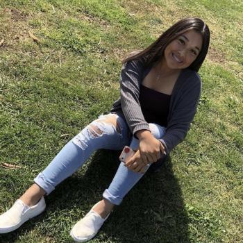 Babysitter in San Jose: Julianna