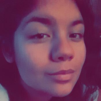 Babysitter San Bernardino: Sonye