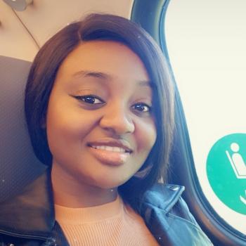 Oppas Den Haag: Simdi Cynthia