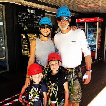 Babysitting Jobs in Naturaliste: babysitting job Kelly
