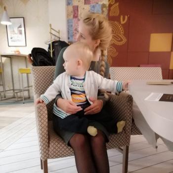 Praca opiekunka do dziecka Warszawa: praca opiekunka do dziecka Julia