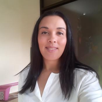 Niñera Barva: Joselyn