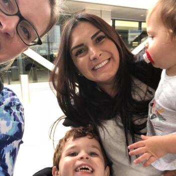 Baby-sitter Kopstal: Renata