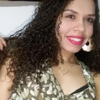 Babysitter Aparecida de Goiânia: Carla