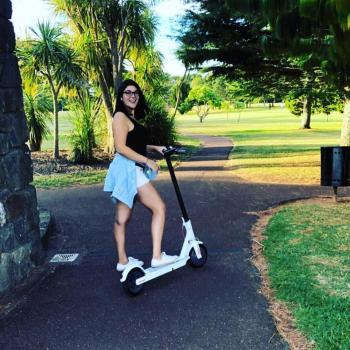 Nanny Auckland: Dafne