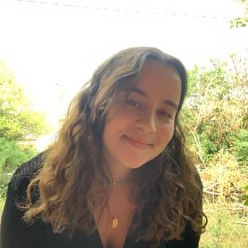Baby-sitter in Poitiers: Laura