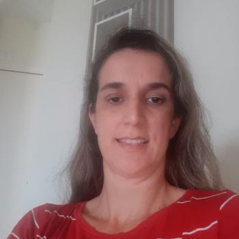 Babysitter in Palhoça: Veronica