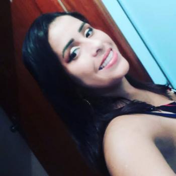 Babysitter Jundiaí: Adriana