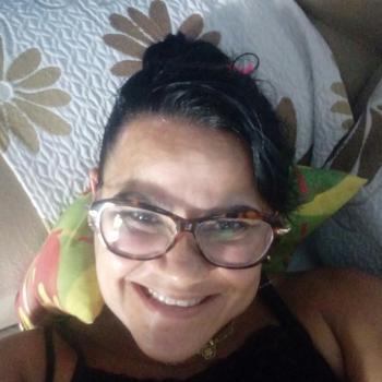 Babysitter Salvador: Betania oliveira da silva