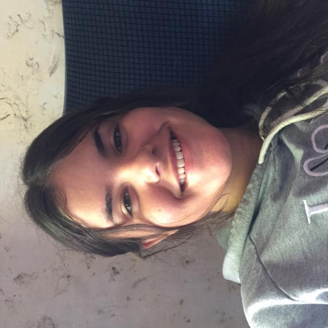 Babysitter in Canelones: Julieta