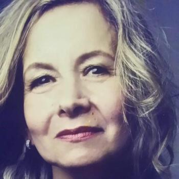 Babá em Canoas: Tania