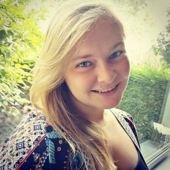 Oppas Rothem: Laura