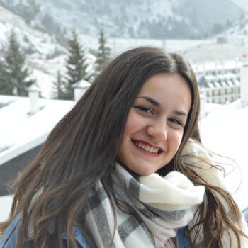 Babysitter in Pamplona: Marta