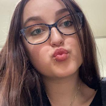Babysitter Canberra: Hannah