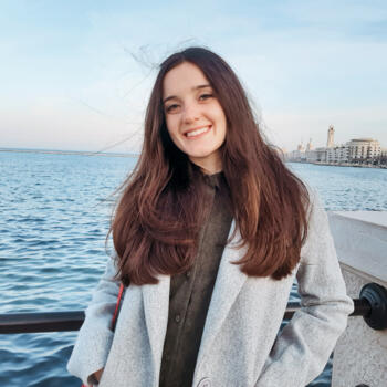 Babysitter in Bari: Jennifer