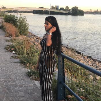Babysitter Wiesbaden: Sahar