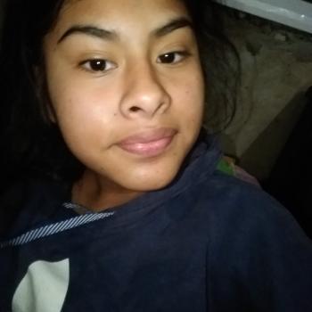 Niñera La Plata: Lara