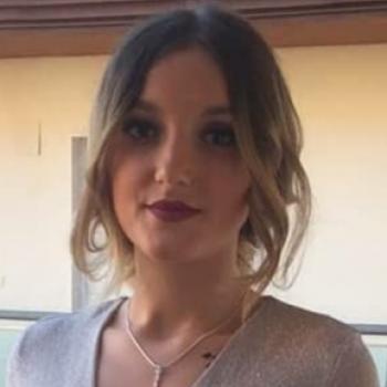 Canguro en Granada: Paula Loredana
