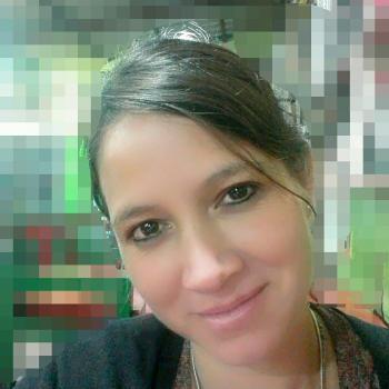 Babysitter in Moreno: Roxana