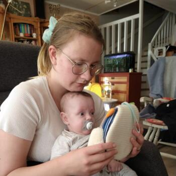 Barnevakt i Tranby: Henriette