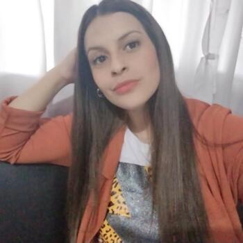 Babysitter in José María Ezeiza: Jennifer Carolina