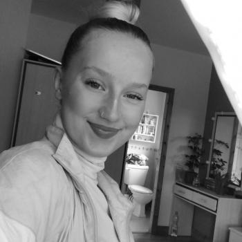 Babysitter in Longford: Karina