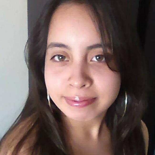 Babysitter in Los Angeles: Roxana