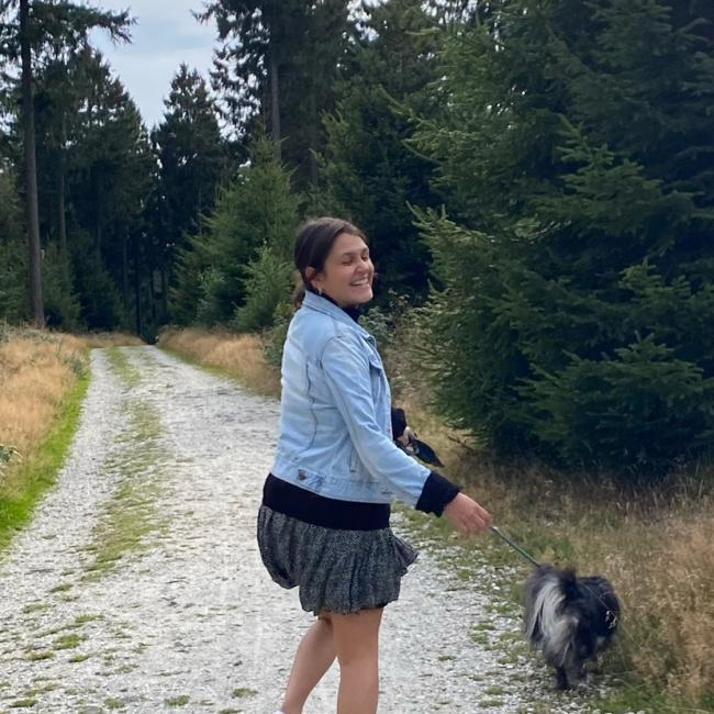 Babysitter in Frankfurt am Main: Suzan-Eileen