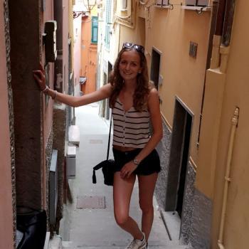 Babysitter Genova: Esmee