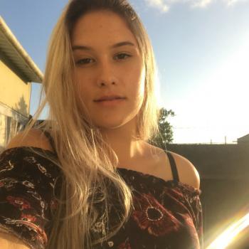 Babá em Pelotas: Lara