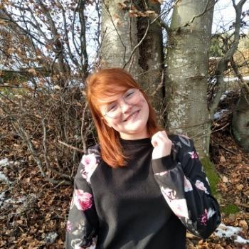 Babysitter Vaux-sur-Sûre: Laure