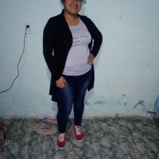 Babysitter in Rosario: Elizabeth